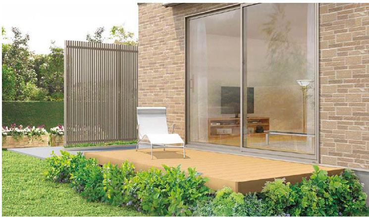敷地に合わせて設置できるフレキシブルさと細部にもこだわったデザインで、様々なデッキプランにお応えします。